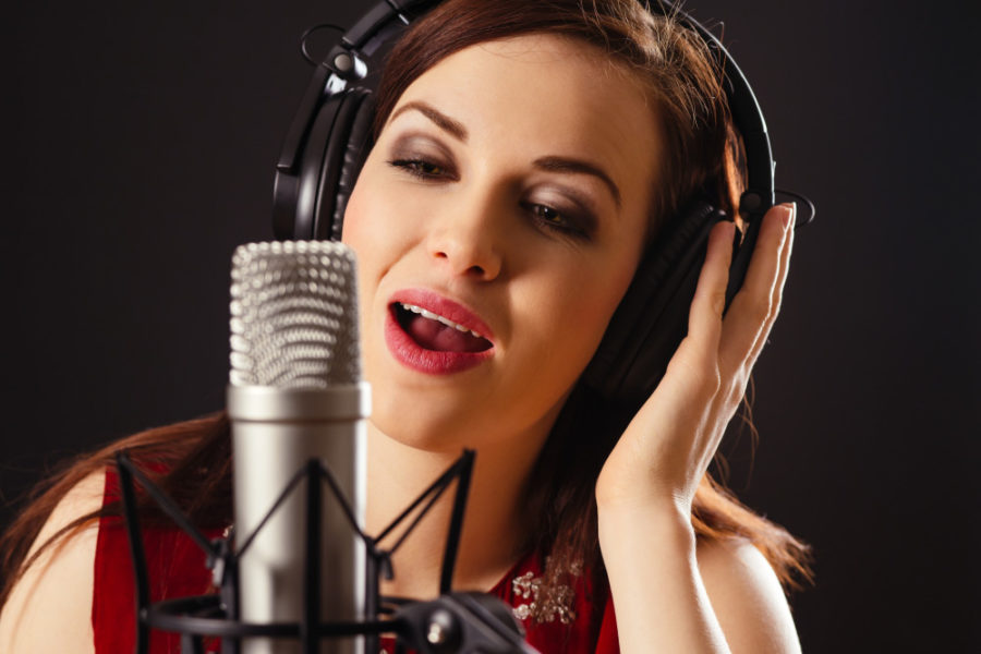 5 Tips to become a Professional Voice-Over Artist